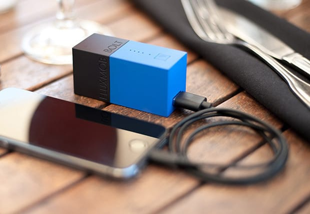 Fluxmob Bolt portable charger with battery