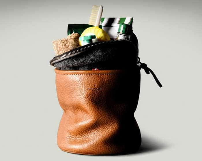 upright dopp kit