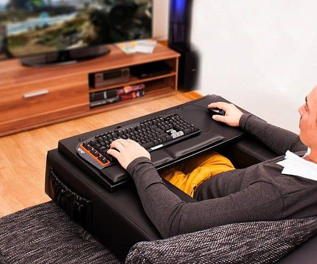 8dc81375f35 Corrects Your Posture During Couch Gaming