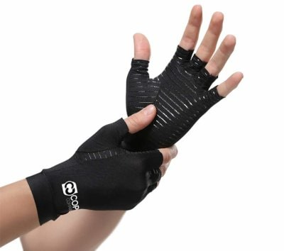 copper compression gloves help improve dexterity while supporting stiff and sore muscles and joints