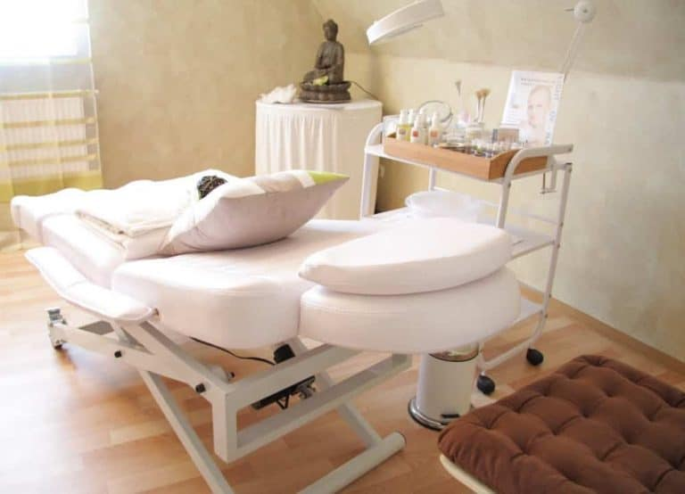 the best electric lift massage tables